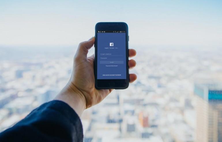 facebook per agenti assicurativi
