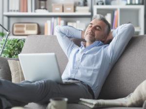 6 gruppi facebook per il perfetto relax del businessman